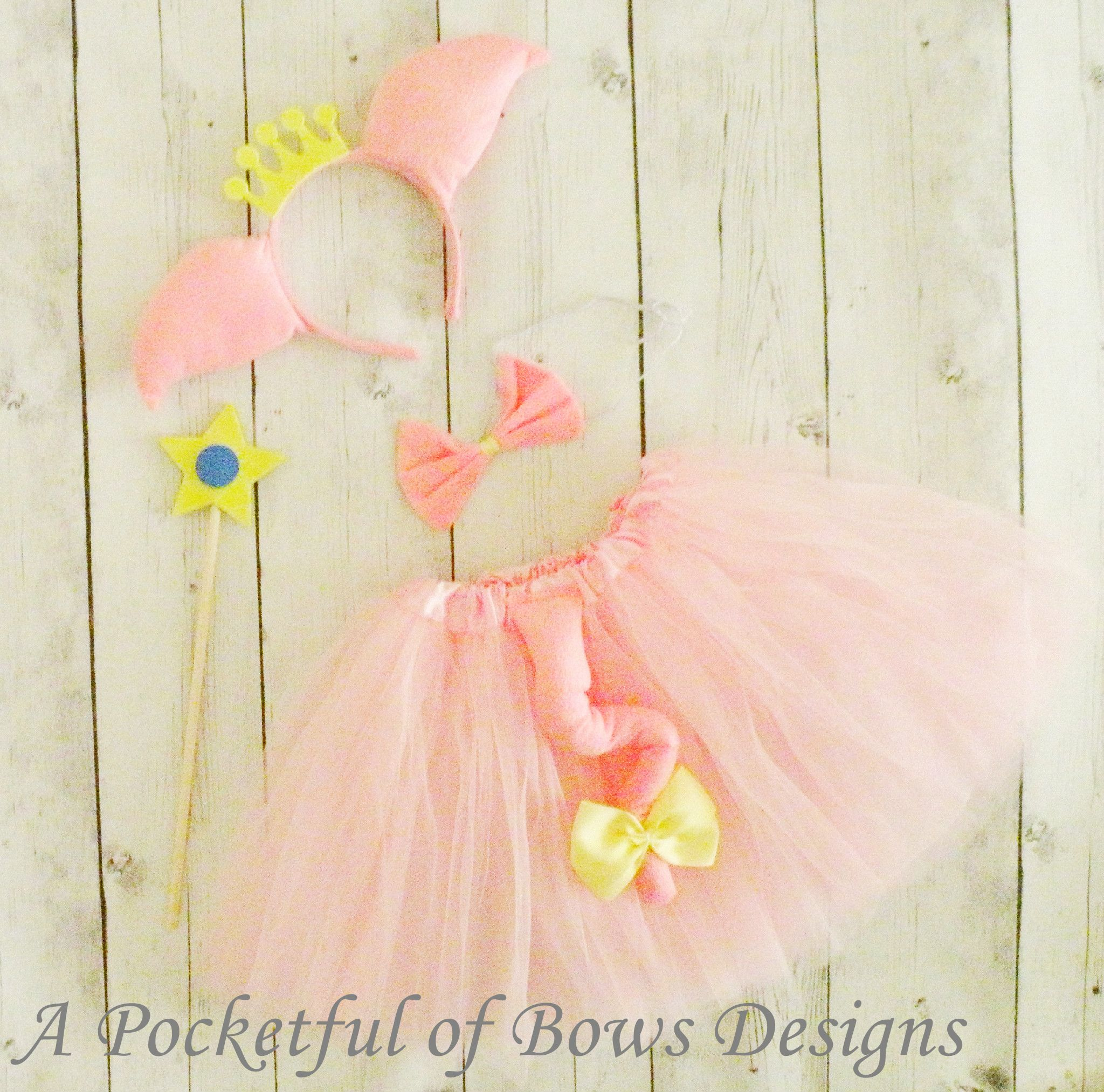 sc 1 st  A POCKETFUL OF BOWS & Pig Tutu Costume Princess Birthday or Halloween